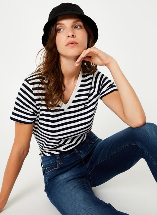 Vêtements Tommy Jeans TJW TOMMY CLASSICS V-NECK TEE Bleu vue détail/paire