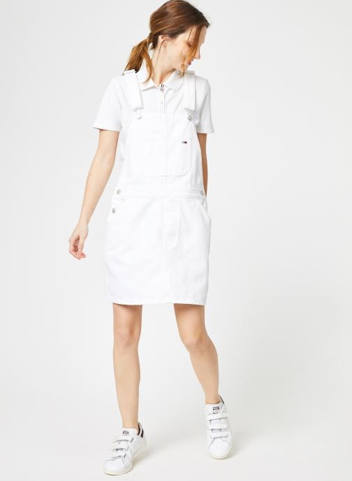 Vêtements Tommy Jeans CLASSIC DUNGAREE DRESS Blanc vue bas / vue portée sac