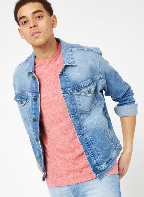 Vêtements Tommy Jeans REGULAR TRUCKER JACKET Bleu vue détail/paire