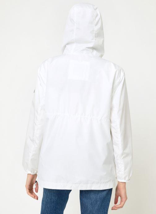 Vêtements Tommy Jeans TJW TOMMY POPOVER ANORAK Blanc vue portées chaussures