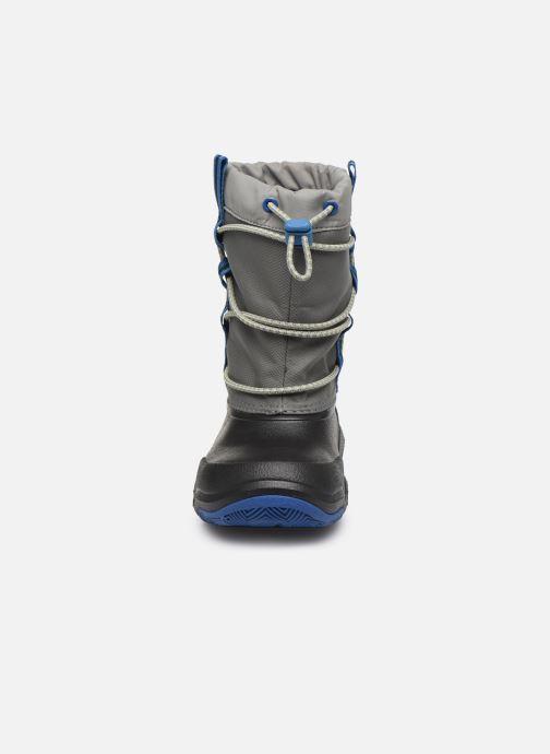 Scarpe sportive Crocs Swiftwater Waterproof Boot K Azzurro modello indossato