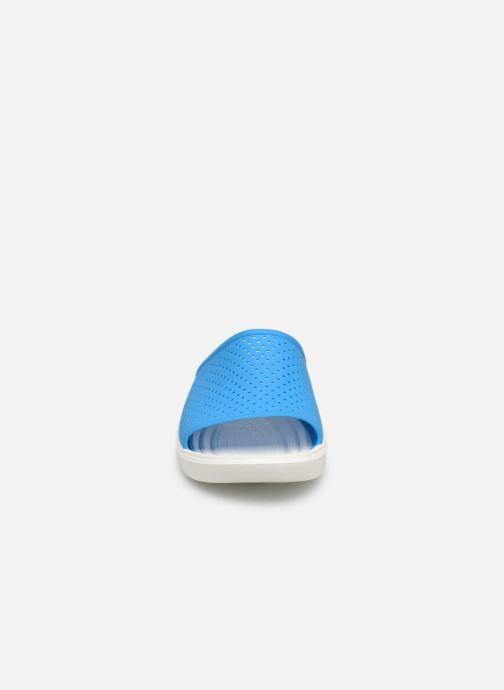 Sandali e scarpe aperte Crocs CitiLane Roka Slide M Azzurro modello indossato