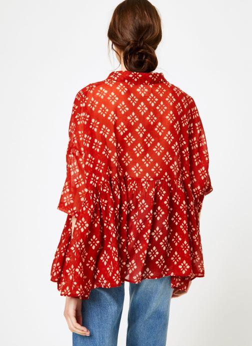 Vêtements La Cabane de Stella 01.TUNIQUE COL V SHIBURI Rouge vue portées chaussures