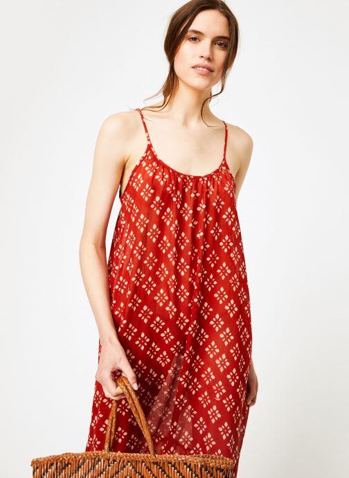 Vêtements La Cabane de Stella 01.ROBE LONGUE VOLANT SHIBURI Rouge vue détail/paire