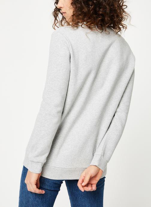 Vêtements Calvin Klein Jeans Core Monogram Logo Sweatshirt Gris vue portées chaussures