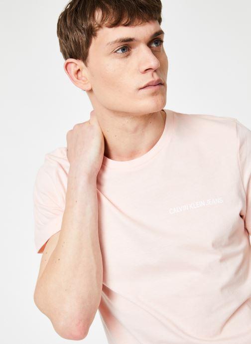 Vêtements Calvin Klein Jeans CHEST INSTITUTIONAL SLIM SS TEE Rose vue détail/paire
