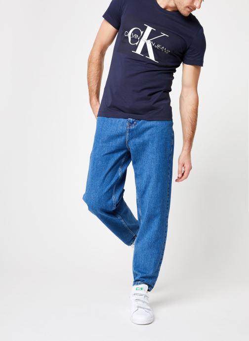 Vêtements Calvin Klein Jeans CORE INSTITUTIONAL LOGO  SLIM SS TEE Bleu vue bas / vue portée sac
