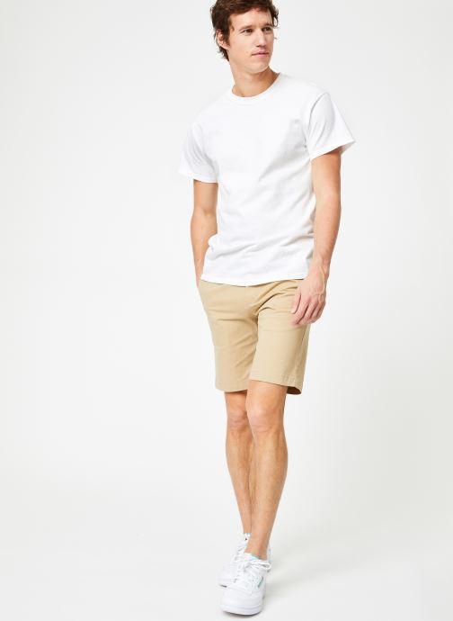 Vêtements Calvin Klein Jeans CKJ 026 SLIM CHINO SHORT Beige vue bas / vue portée sac