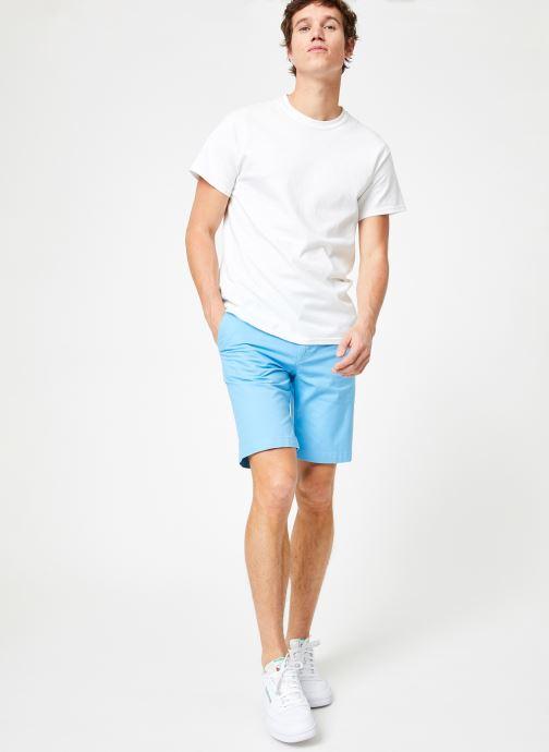 Vêtements Calvin Klein Jeans CKJ 026 SLIM CHINO SHORT Bleu vue bas / vue portée sac