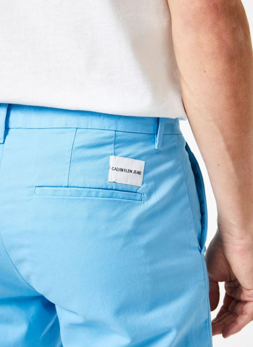 Vêtements Calvin Klein Jeans CKJ 026 SLIM CHINO SHORT Bleu vue face