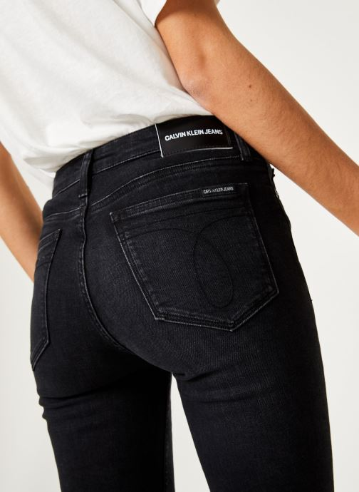 Kleding Calvin Klein Jeans CKJ 011 Mid Rise Skinny Zwart voorkant