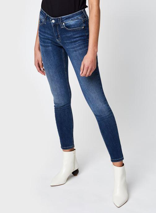 Kleding Calvin Klein Jeans CKJ 011 Mid Rise Skinny Blauw detail