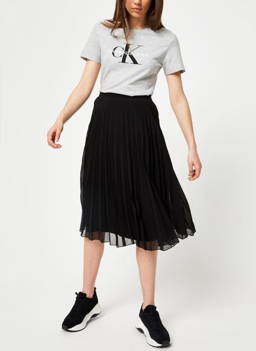 Vêtements Calvin Klein Jeans Core Monogram Logo Regular Fit Tee Gris vue bas / vue portée sac