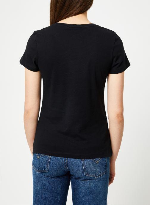 Kleding Calvin Klein Jeans Core Institutional Logo Slim Fit Tee Zwart model