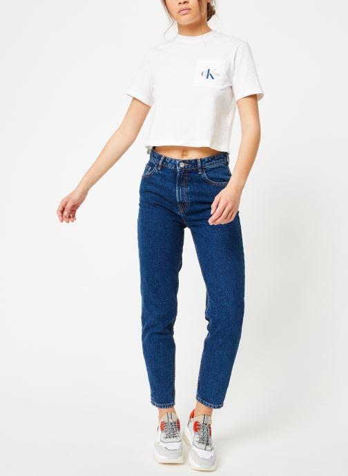 Vêtements Calvin Klein Jeans Monogram Crop Pocket Tee Blanc vue bas / vue portée sac
