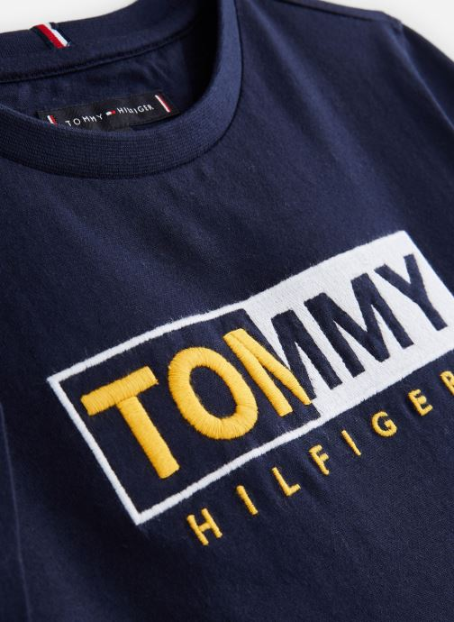 Vêtements Tommy Hilfiger KB0KB04681 Bleu vue portées chaussures