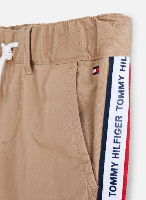 Vêtements Tommy Hilfiger KB0KB04751 Marron vue portées chaussures