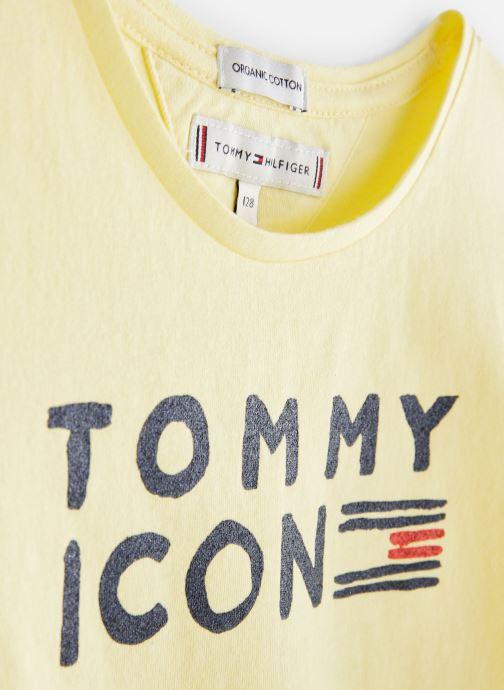 Vêtements Tommy Hilfiger KG0KG04392 Jaune vue portées chaussures