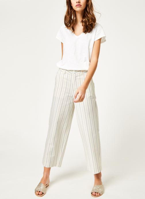 Vêtements Kanopé Pantalon eloise rayure Blanc vue bas / vue portée sac