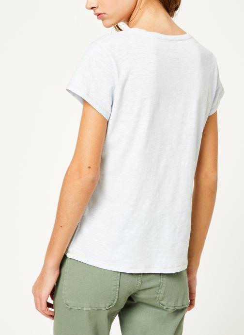Vêtements Kanopé Tshirt guillemette Bleu vue portées chaussures