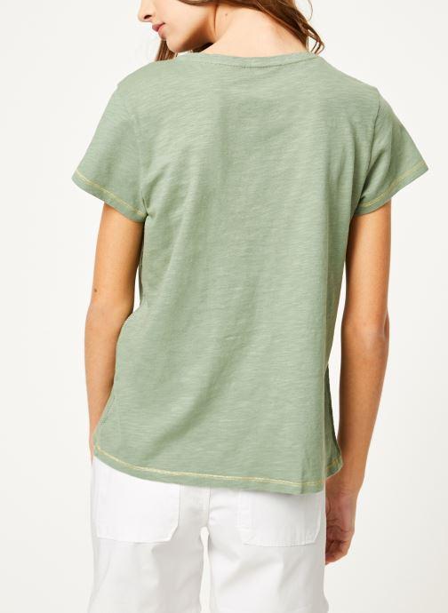 Vêtements Kanopé Tshirt guillemette Vert vue portées chaussures