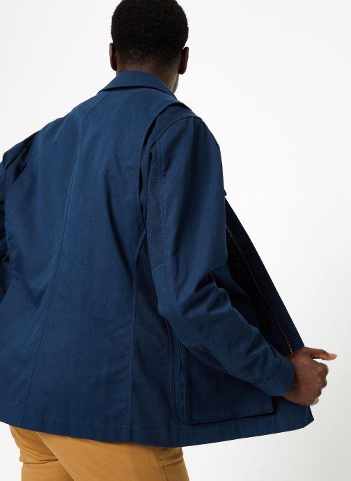 Vêtements Hackett London HERRINGBONE  FIELD JKT Bleu vue portées chaussures
