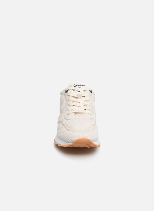 Baskets Vespa Corsa Beige vue portées chaussures