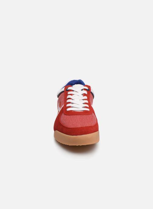 Baskets Vespa Ace Rouge vue portées chaussures