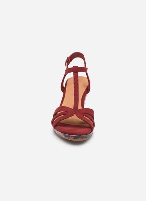 Sandales et nu-pieds Tamaris ISOR Bordeaux vue portées chaussures