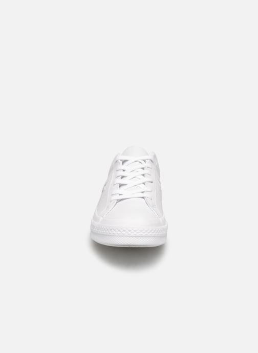 Sneaker Converse One Star Triple Leather Ox W weiß schuhe getragen