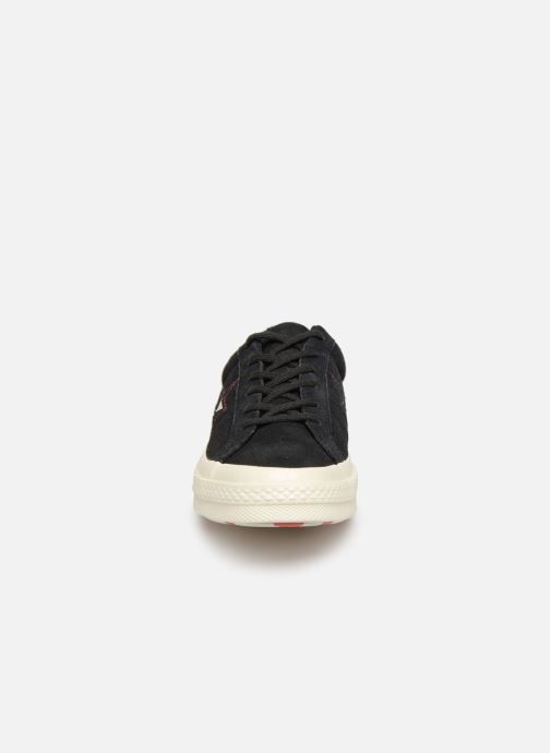 Baskets Converse One Star Love in The Details Ox Noir vue portées chaussures