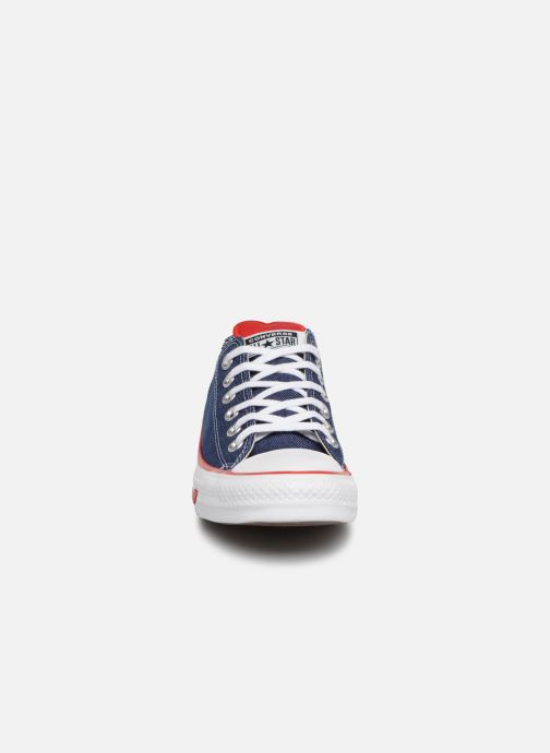 Sneaker Converse Chuck Taylor All Star Sucker for Love Ox blau schuhe getragen