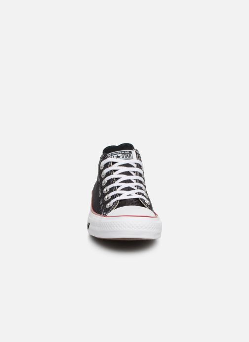 Baskets Converse Chuck Taylor All Star Sucker for Love Ox Noir vue portées chaussures