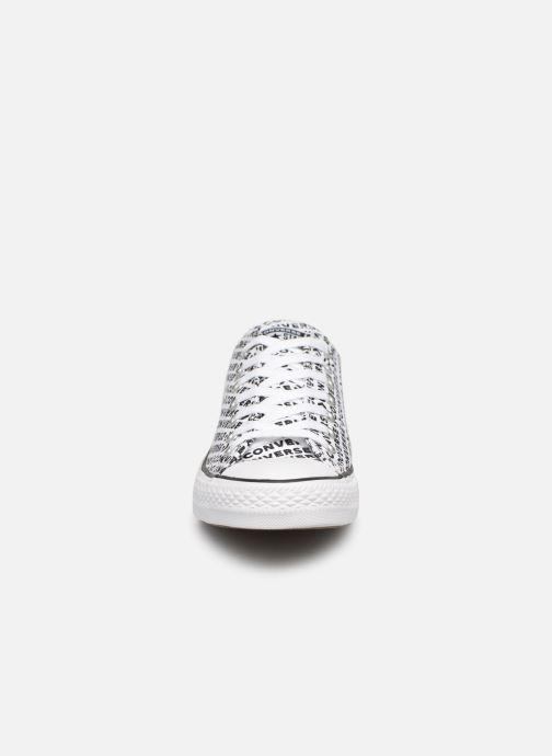 Baskets Converse Chuck Taylor All Star Wordmark 2.0 Ox Blanc vue portées chaussures