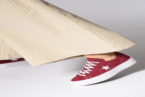 Trainers Converse One Star Platform Lift Me Up Ox Burgundy view from underneath / model view