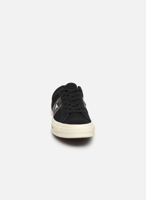 Trainers Converse One Star Fashion Baller Ox Black model view