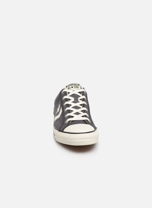 Baskets Converse Star Player Vintage Canvas Ox Gris vue portées chaussures