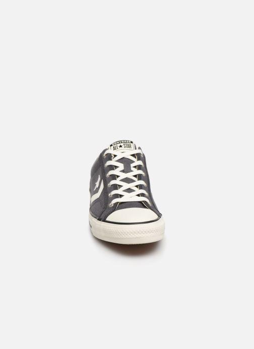 Baskets Converse Star Player Vintage Canvas Ox Gris vue portées chaussures