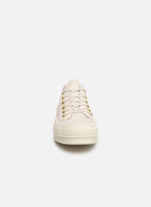 Sneaker Converse Chuck Taylor All Star Lift Frilly Thrills Ox grau schuhe getragen