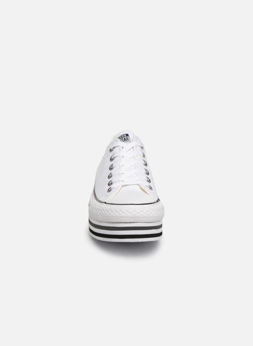 Baskets Converse Chuck Taylor All Star Platform Layer EVA Layers Ox Blanc vue portées chaussures