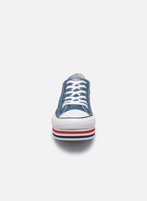 Baskets Converse Chuck Taylor All Star Platform Layer EVA Layers Ox Bleu vue portées chaussures