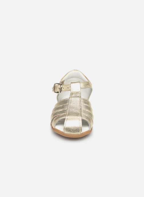 Sandales et nu-pieds Cendry Jeanne Or et bronze vue portées chaussures