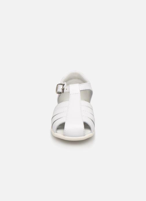 Sandales et nu-pieds Cendry Jeanne Blanc vue portées chaussures