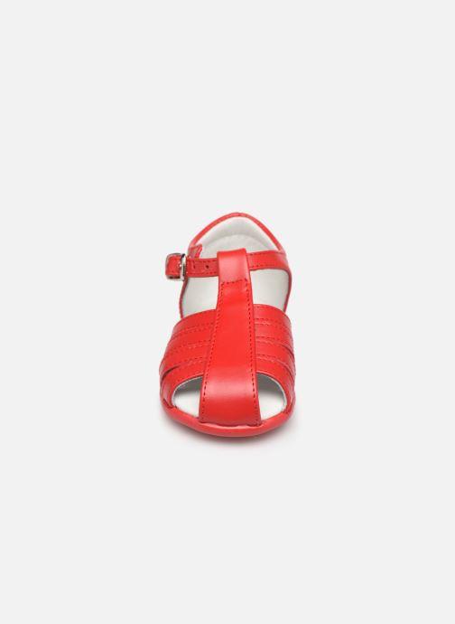 Sandales et nu-pieds Cendry Jeanne Rouge vue portées chaussures