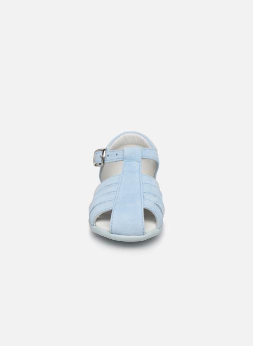 Sandalen Cendry Jeanne blau schuhe getragen