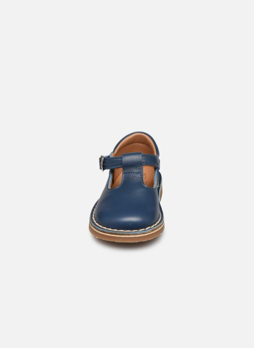 Sandales et nu-pieds Cendry Louise Bleu vue portées chaussures