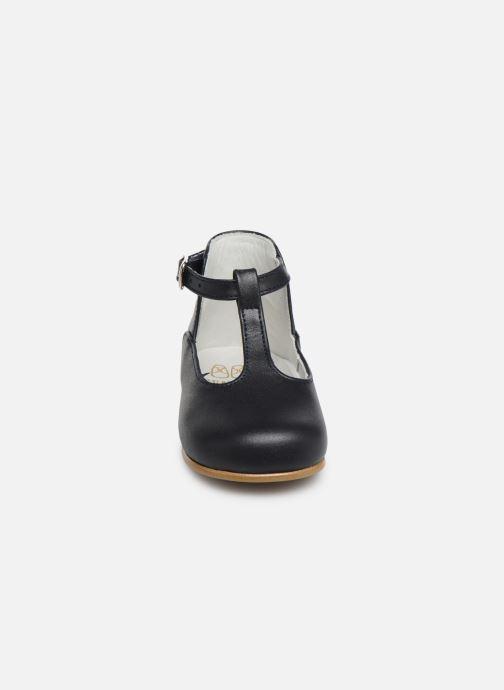 Sandales et nu-pieds Cendry Ines Bleu vue portées chaussures
