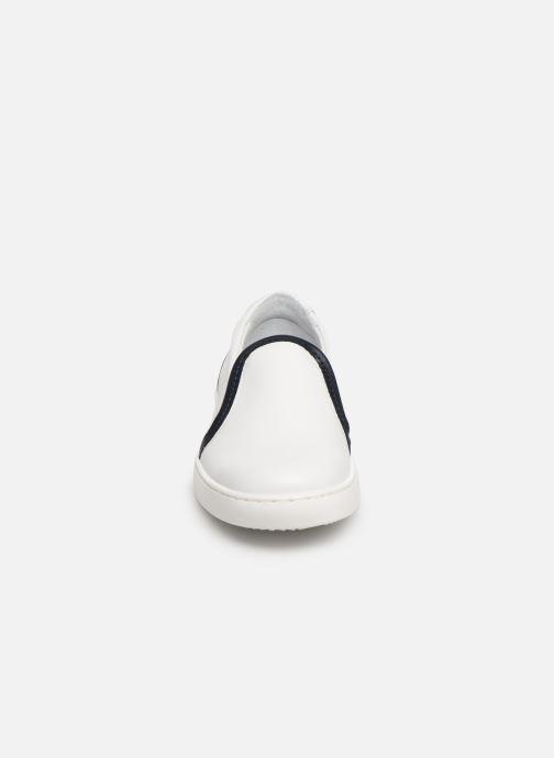 Sneakers Cendry Victor Bianco modello indossato