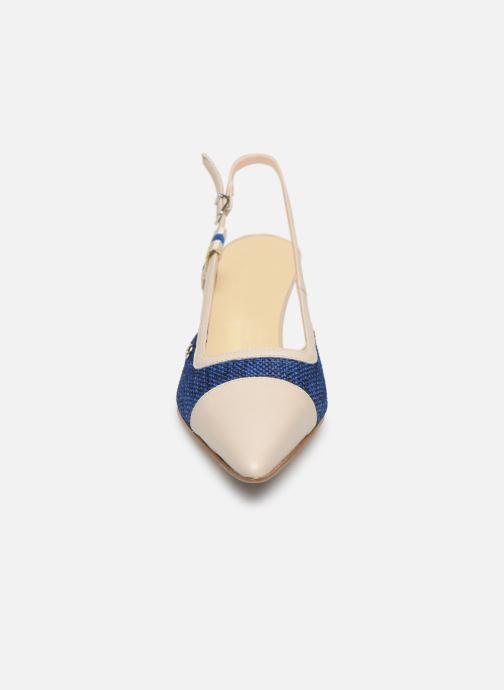 Escarpins Elizabeth Stuart Rex 200 Bleu vue portées chaussures