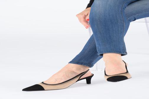 High heels Elizabeth Stuart Ryval 300/2 Beige view from underneath / model view